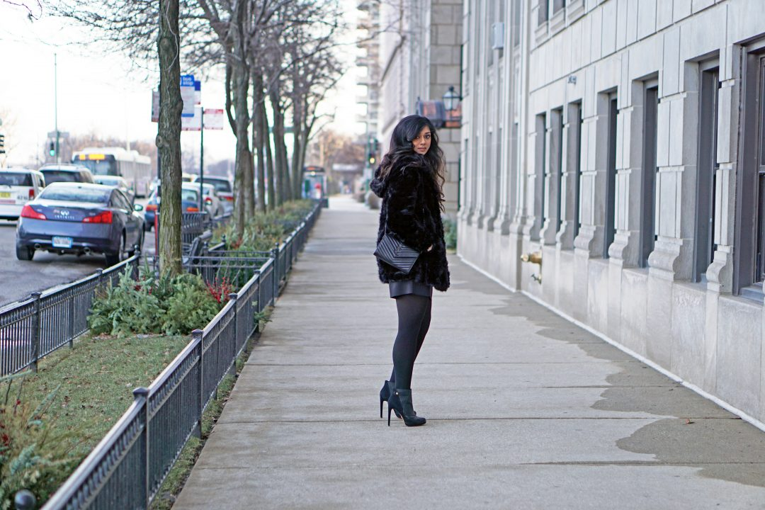 Black Faux Fur Coat | All Black Dressy Outfit | Chicago, IL