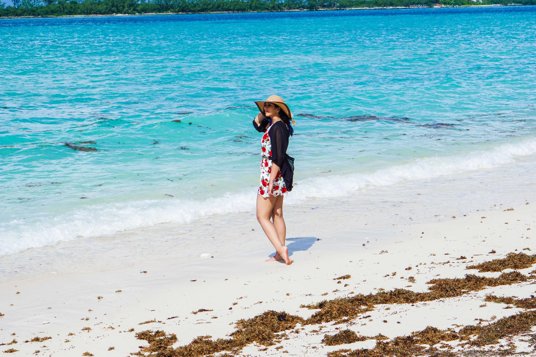 Beach Outfit | Cruise to Bahamas